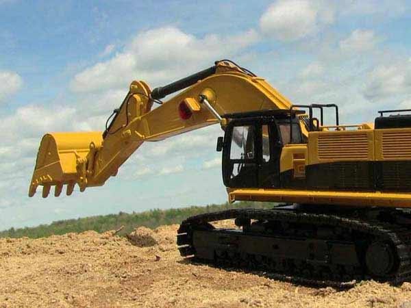 Produzione-componenti-escavatori-Parma